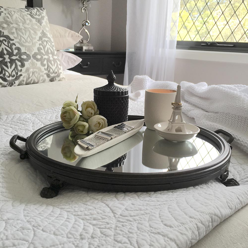 Mirrored Tray For Coffee Table: STUNNING Round Metal Tray With Mirror/Dark Frame/Handle